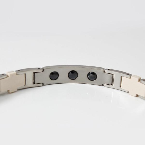 серебряный браслет от давления на руку
