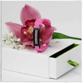 женский магнитный браслет с кристаллами сваровски